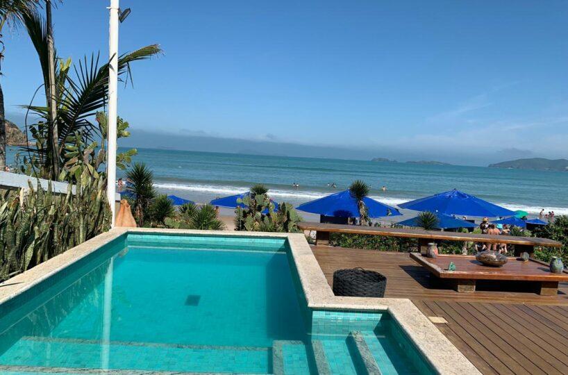 Magnífica casa pé na areia Geribá - piscina frente mar