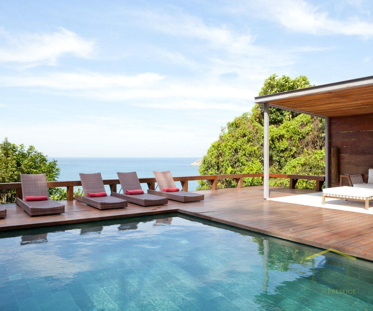 Aluguel temporada de uma luxuosa casa de 4 Suites no Joá - Rio de Janeiro - Brasil