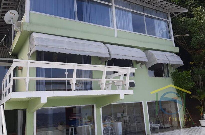 Linda Casa à Venda em Ilha em Angra dos Reis - Rio de Janeiro - Brasil